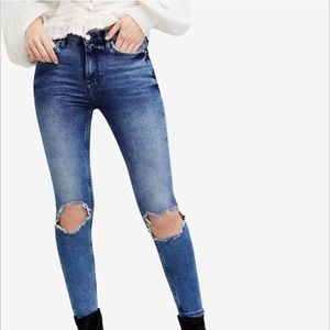 Free People Busted Knee Skinny Jeans 28